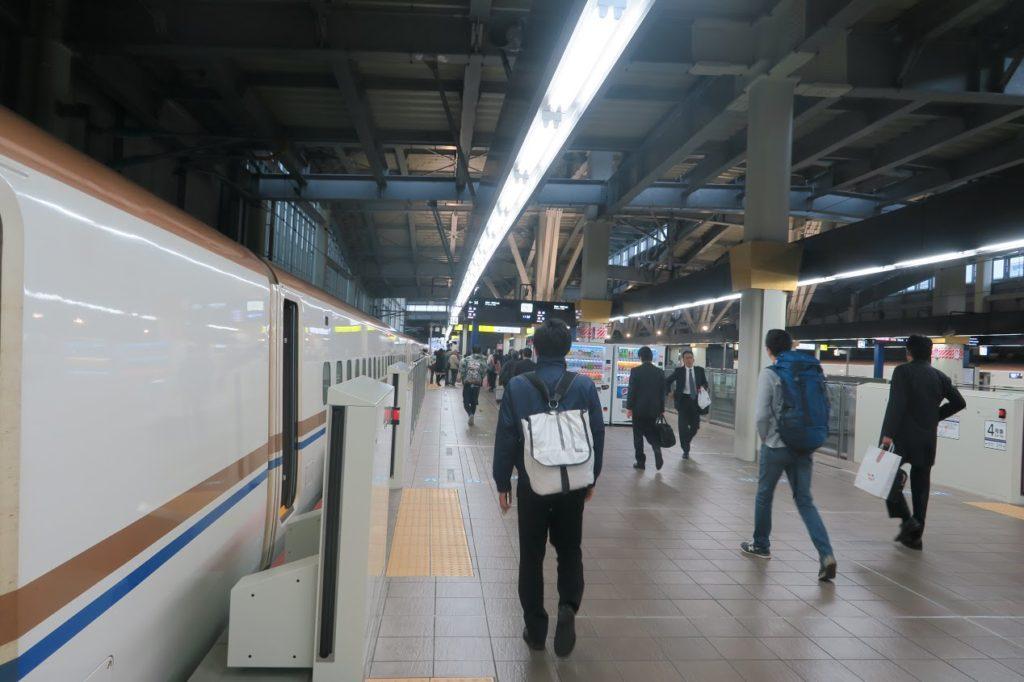 【メモ】初の北陸新幹線に乗車。北陸へは指定席でいくか、東京駅乗車が激しくオススメ。
