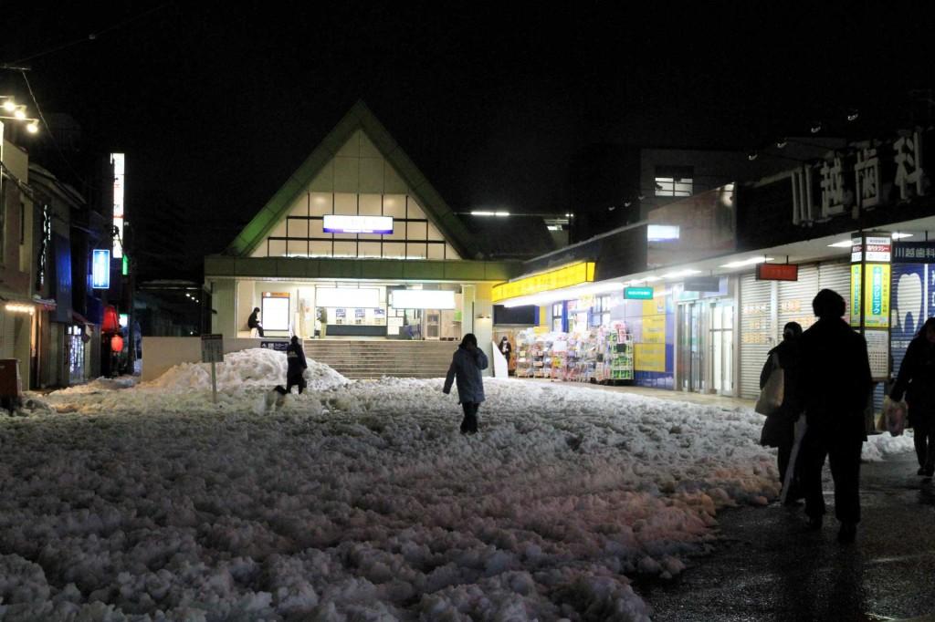 川越市駅前の風景。ただし冬