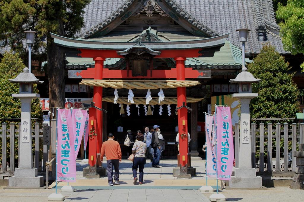 【スポット-東松山】駅から徒歩10分。東松山箭弓神社。野球好きな人のパワースポット